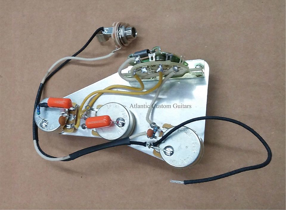 Stratocaster 5-Way Wiring Harness with CTS 275K premium pots and Grease Bucket Tone Circuit