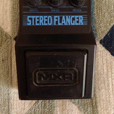 MXR M-203 Stereo Flanger