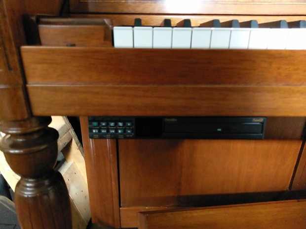 Kawai Upright Piano w/PianoDisc Player >>Solid Spruce Soundboard   2018  Player Upgrade Available