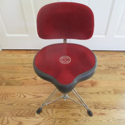 Roc N Soc Pro Series Hydraulic Lift Drum Throne, Bicycle Saddle, Backrest - Excellent Condition