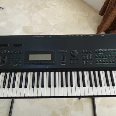 Yamaha SY77 Sintetizador Polifónico & Secuenciador