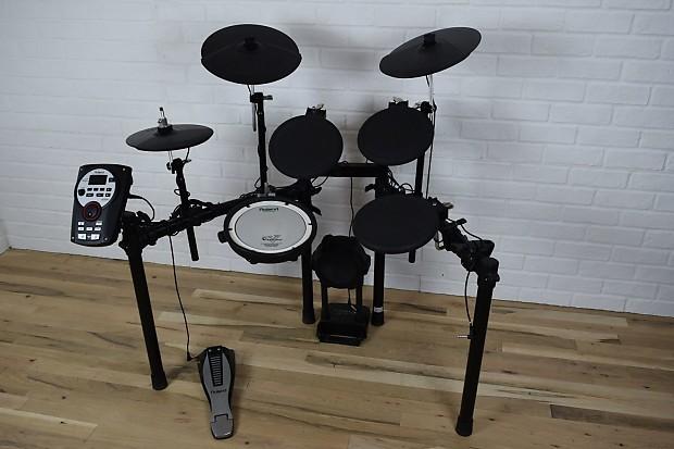 roland td 11 v drum digital drum set kit mint used electronic reverb. Black Bedroom Furniture Sets. Home Design Ideas