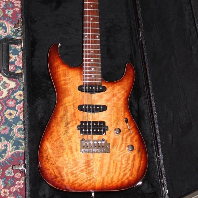 Lipe Virtuoso Electric Guitar Mango top Mahogany Body Coco Bollo FB Mint New image