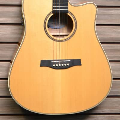 Seagull Artist Cameo CW Deluxe QII Acoustic-Electric Guitar Natural for sale