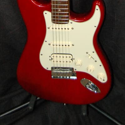 2001 Fender USA American Deluxe Stratocaster HSS Guitar w/HSC for sale