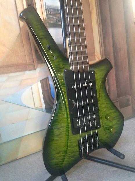 Avian Condor Premium 4 String Electric Bass Guitar Nos