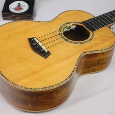 custom soild bearclaw spruce acacia koa back tenor ukulele withkamaka string &pickup and bag