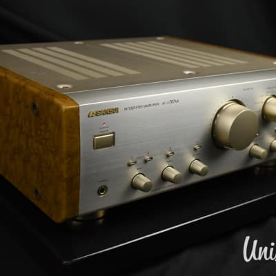 Sansui AU-α707XR Integrated Amplifier in Very Good Condition