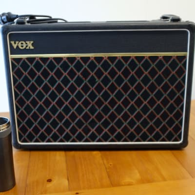 vox v15 1981