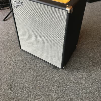 Store Demo Fender Rumble 500 2x10 Bass Combo Amp