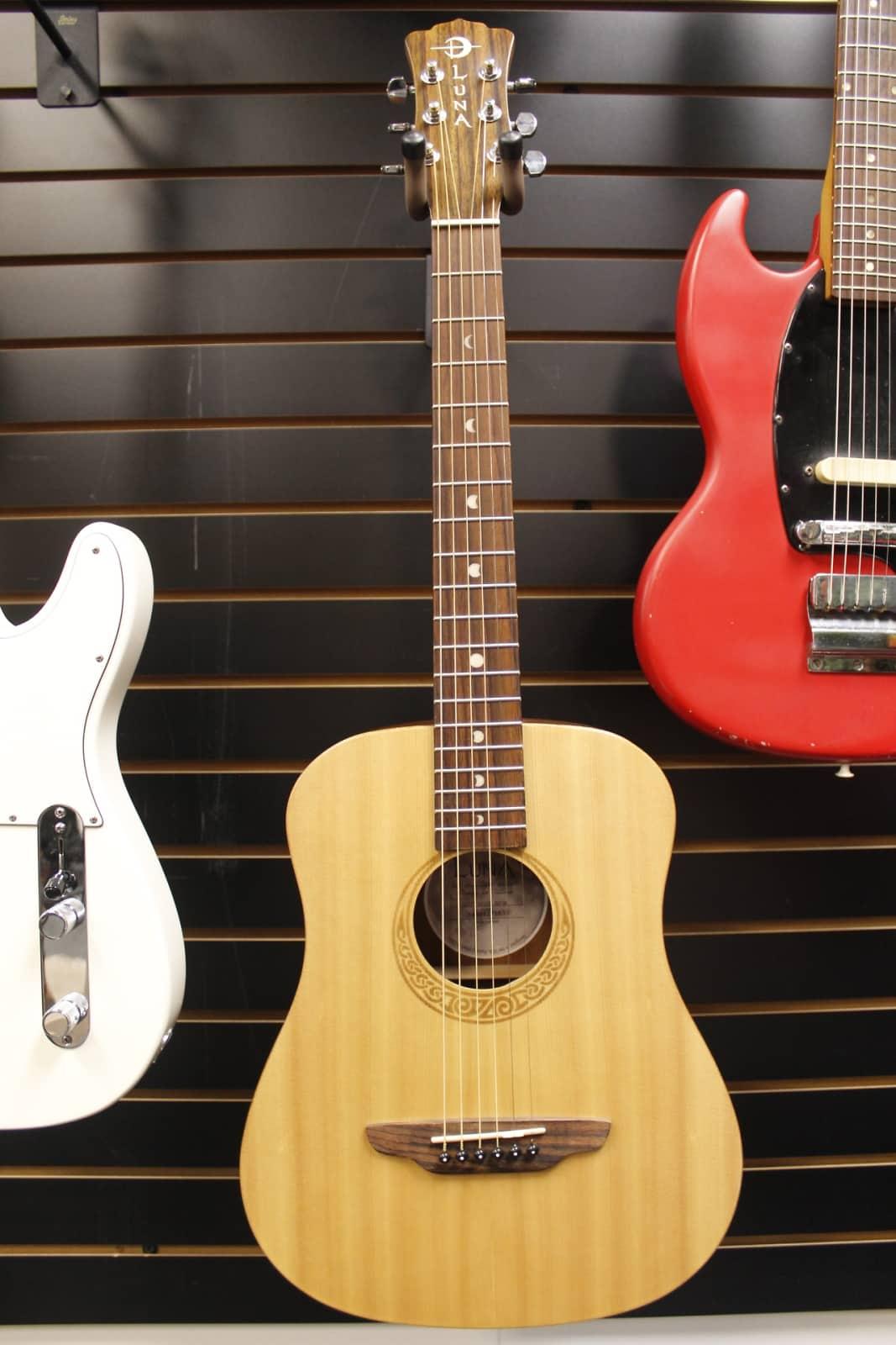 2014 Luna Safari Muse 3 4 Acoustic Guitar Spruce Reverb