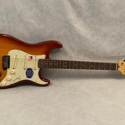 2015 Fender American Deluxe Stratocaster  Sienna Burst NOS w. Original Hardshell Case for sale