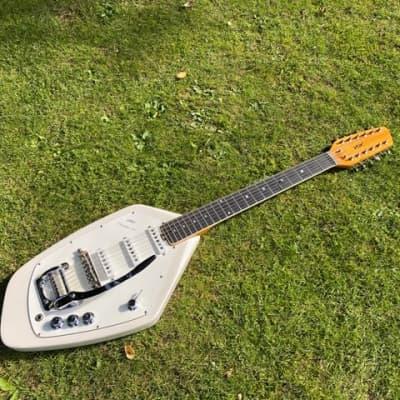 Vox  Phantom 12  1967  White , Museum Grade for sale