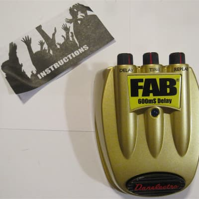 Danelectro Fab D-8 600mS Delay Guitar Effect Pedal for sale
