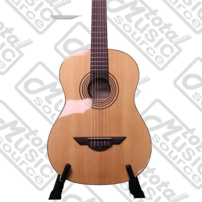 H. Jimenez Nylon Guitar LG1 (Voz Fuerte) with gig bag for sale