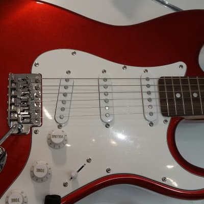 Legend Stratocaster  Réd Metallic for sale