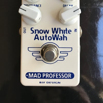 Mad Professor Snow White AutoWah hand wired s/n 0111 for sale
