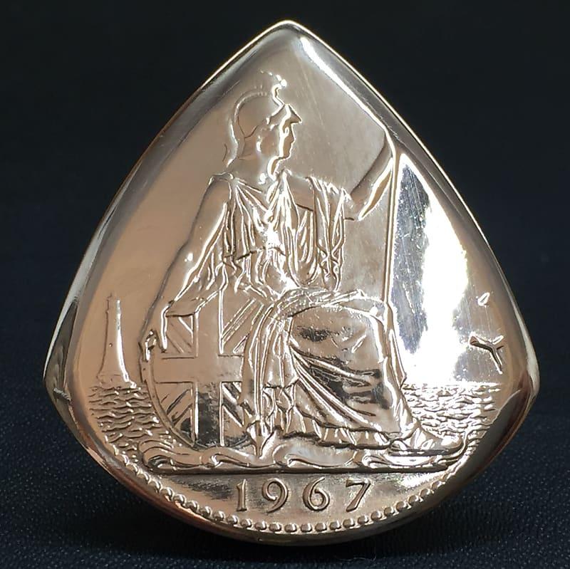 The Highland Plectrum Co  One Queen Elizabeth 1967 Copper Penny Coin  Plectrum