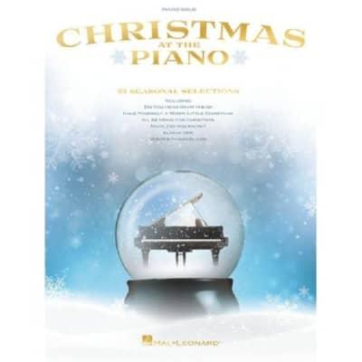 Christmas At The Piano: Piano Solo