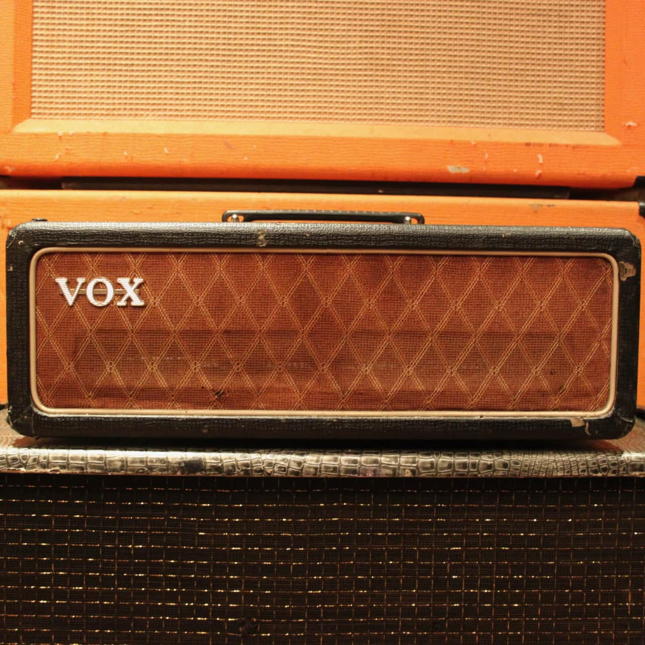 Vox ac 50 dating