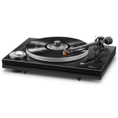 Music Hall MMF-7.3 Turntable