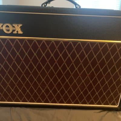 "Vox AC15C1 Custom 2-Channel 15-Watt 1x12"" Guitar Combo 2010 - 2019 Black"
