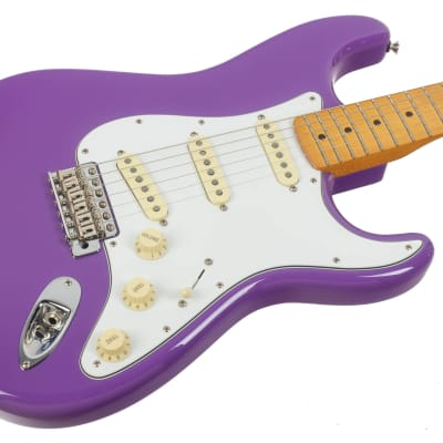 Fender Jimi Hendrix Stratocaster 2018 Ultraviolet