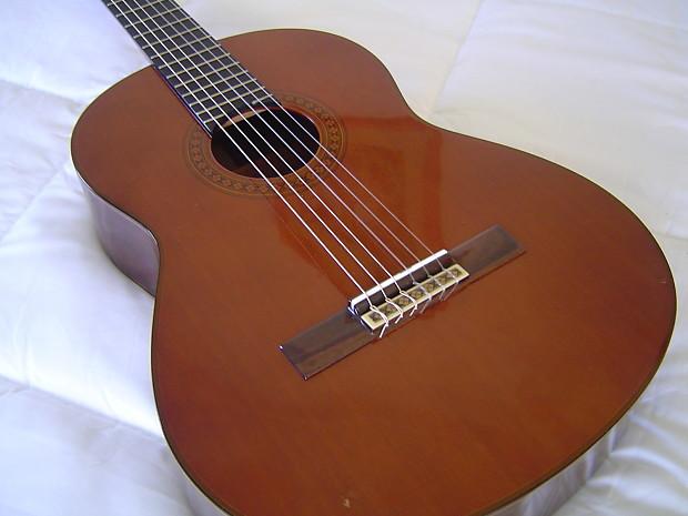 9dd425610e3 VV: RARE Handmade Yamaha Grand Concert classical guitar,   Reverb