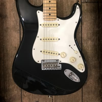 2015 Fender American Standard Stratocaster with Maple Fretboard Black for sale