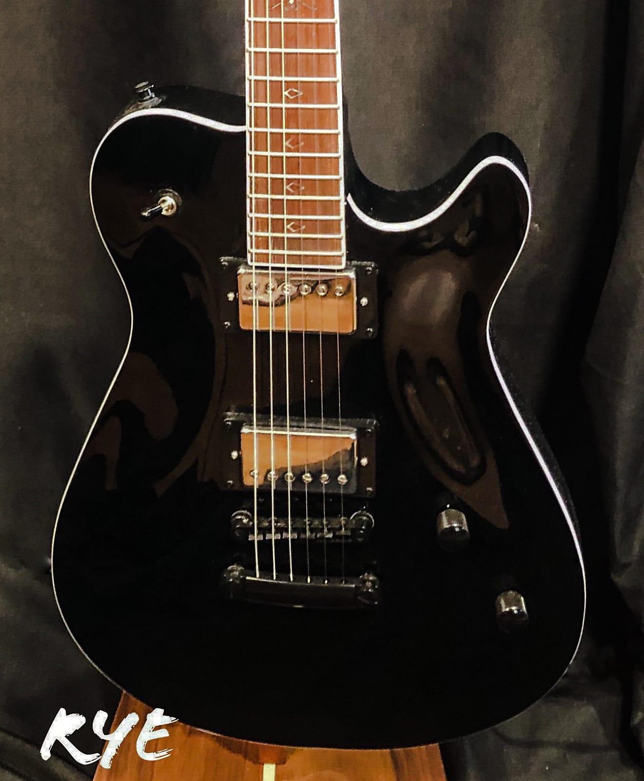 Bootlegger Guitar  Rye 2019 Black on Black