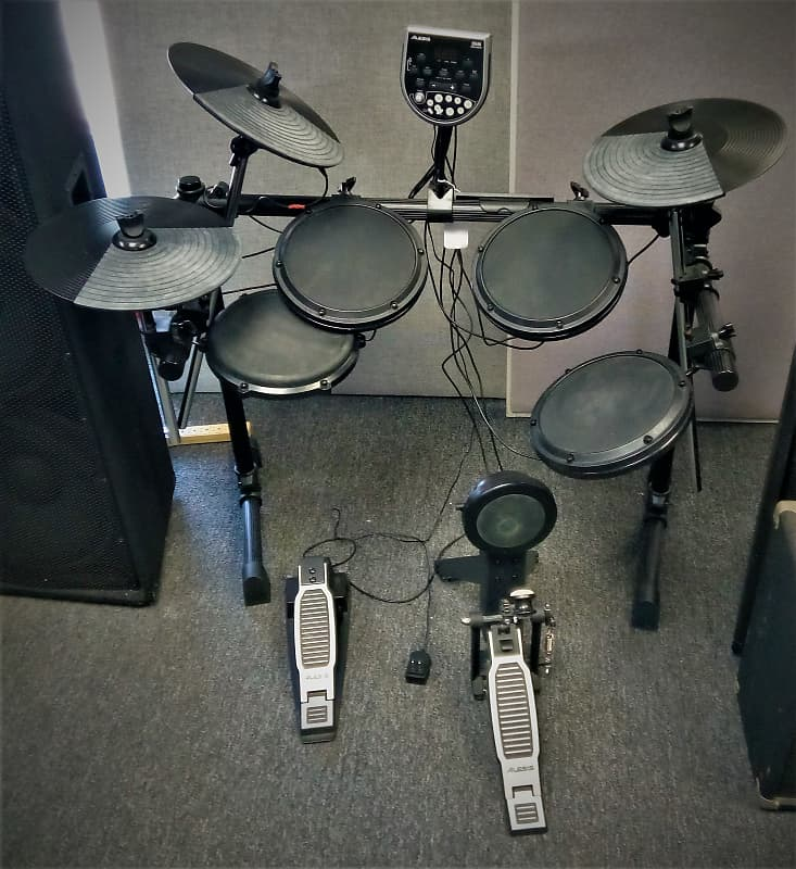 Alesis Alesis DM6 USB Kit with DM6 Performance Electronic Drum Module