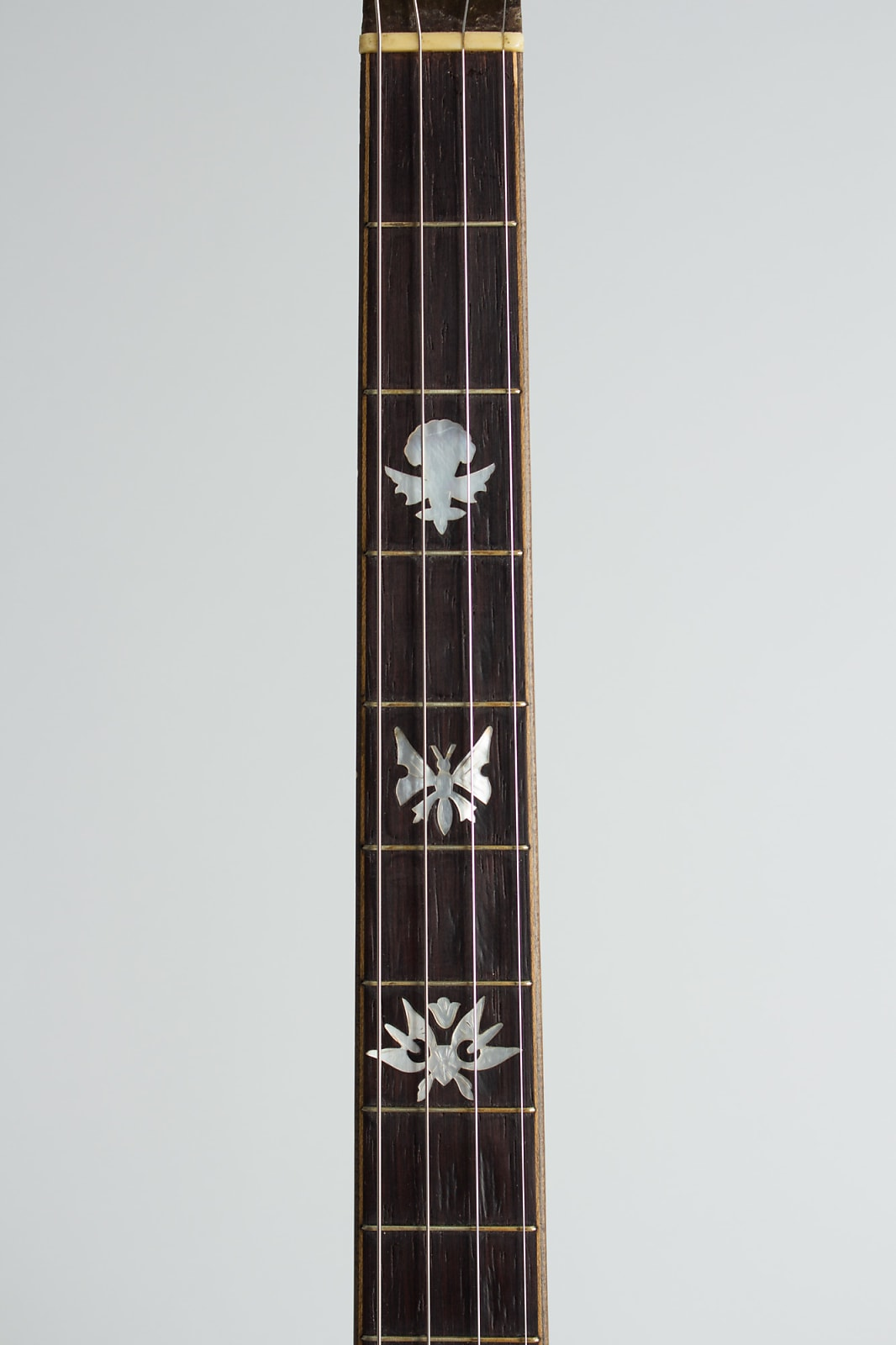 Paramount  Style F Tenor Banjo (1926), ser. #6189, original black hard shell case.