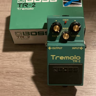 Boss TR-2 Tremolo Silver Label