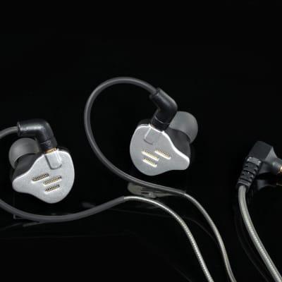 Earphones PLIISEN1211  Hybrid In-ears HiFi Headphones Pai Audio IEM  in Fashion
