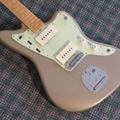 2008 Fender Custom Shop Closet Classic 62 Jazzmaster Shoreline Gold Bird's Eye Maple Board! w/OHSC for sale