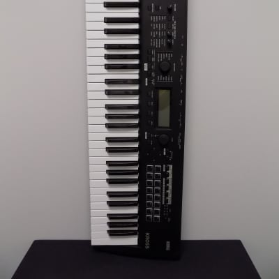 Korg Kross II 61 Key Synthesizer Workstation