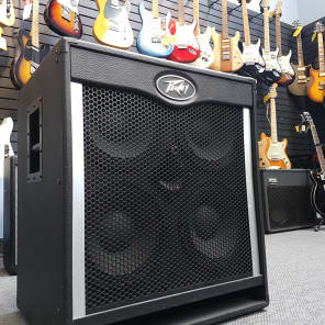 Peavey Tour Series 410 1600-Watt 4x10 Bass Speaker Cabinet with Horn Tweeter