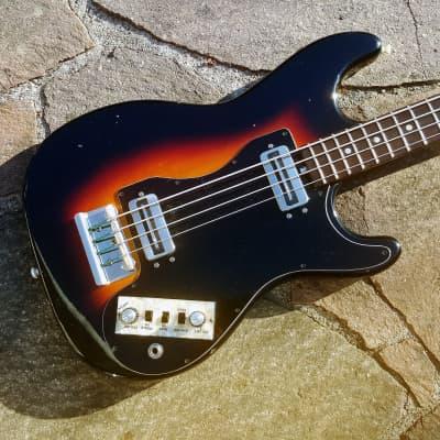 Hofner 182 shortscale bass 1974 Sunburst for sale