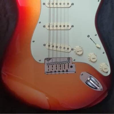 Fender American Deluxe Stratocaster 2011 - 2016 for sale