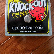 Electro-Harmonix Knockout Attack Equalizer Tone Filter Pedal