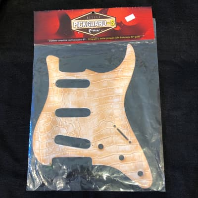 Right On Straps S-Style Leather Pickguard For Stratocasters