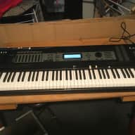 Kurzweil K2600X 88 weighted keys with flight case, internal SCSI and Piano rom card