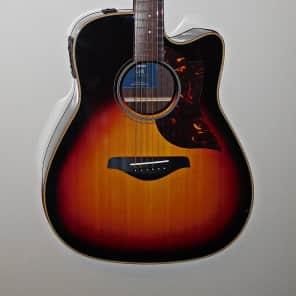 Yamaha A1R Dreadnought Cutaway Acoustic/Electric Guitar Vintage Sunburst
