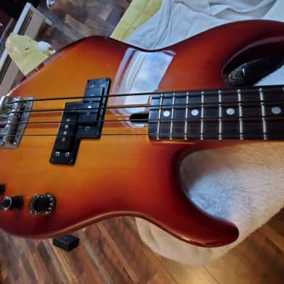 Yamaha  BB2000S Broad Bass for sale