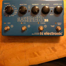 TC Electronic Flashback X4 Blue