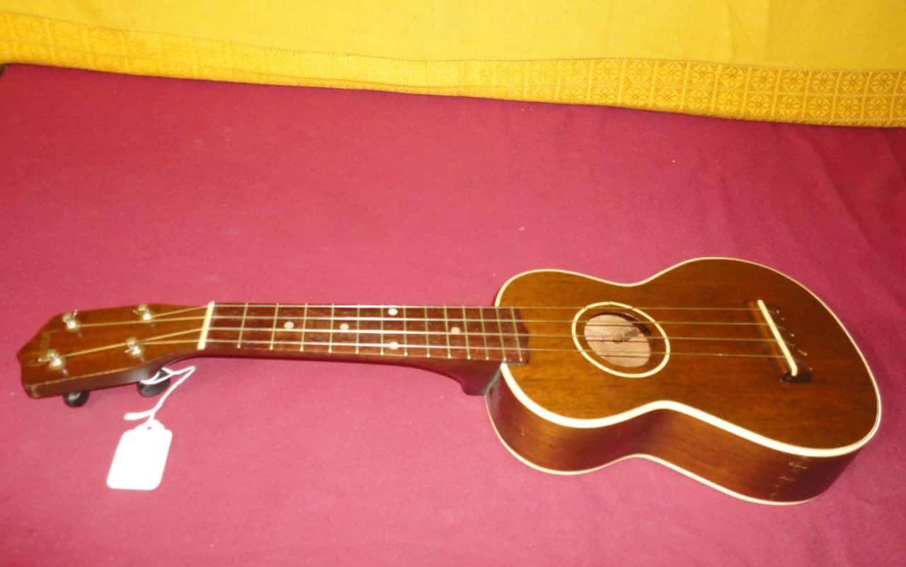 vintage 1920 39 s 40 39 s gibson soprano ukulele made in reverb. Black Bedroom Furniture Sets. Home Design Ideas