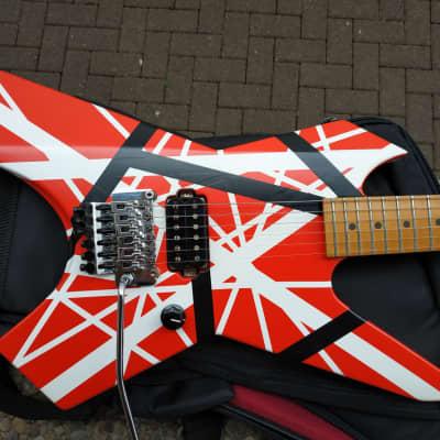 Killer Guitars Exploder  Van Halen Custom