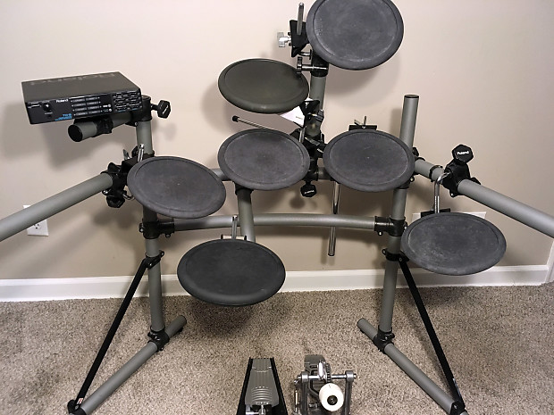 Roland TD-5K electronic drum set — includes 8 pads, module, rack, pedals, &  cables