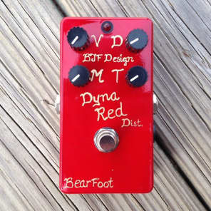 Bearfoot FX Dyna Red Distortion