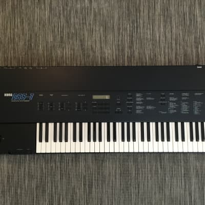 "Korg DSS-1 61-Key Digital Sampling Synthesizer plus ARP Omni Sounds and USB-3.5"" Floppy Drive"